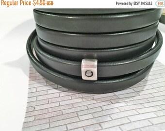 "Per 8""  Mini Regaliz Black Leather Cord, Jewelry finding, Leather Bracelet Supplies"