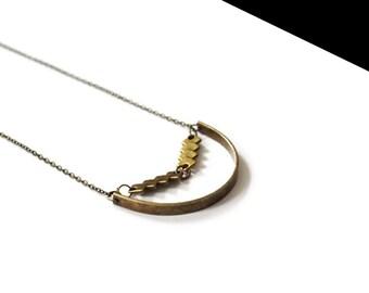 Bronze round collar.