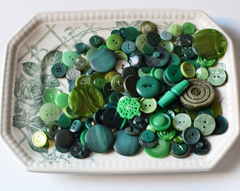 Vintage Buttons Mixed Set Greens