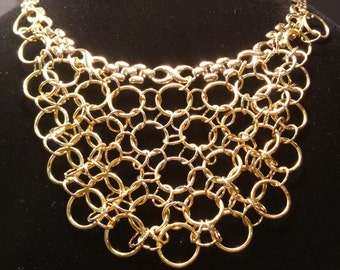Gold Choker Chain with round rings