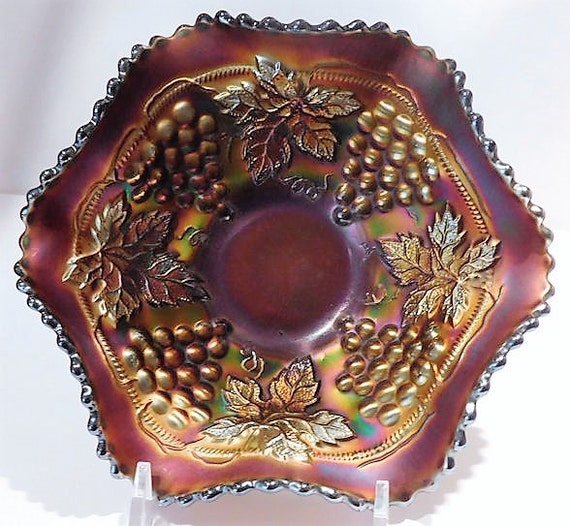 Antique Northwood Glass / Carnival Glass / Grape and Cable / Amethyst Glass / Bowl
