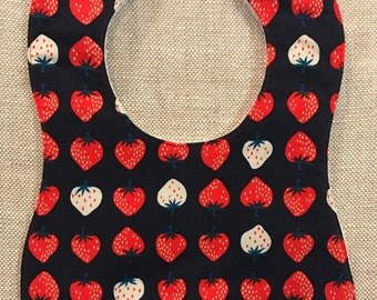 Baby Bib in Cotton and Steel Strawberries