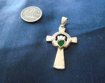 Claddagh Cross with Green Crystal Heart 4.3g Sterling Silver Pendant