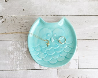 Owl Spoon Rest - Owl Soap Holder - Owl Dish - Jewelry Holder - Ceramic Spoon Rest - Ceramics and Pottery