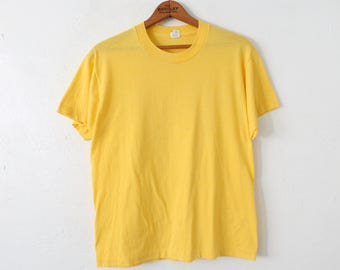 LARGE Vintage 1980s Yellow Screen Stars Plain Soft and Thin 50 50 T-Shirt