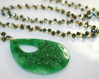 Agate pendant necklace, Rosario necklace, agate tear drop pendant necklace green color, agate pendant Rosario necklace, gift for her