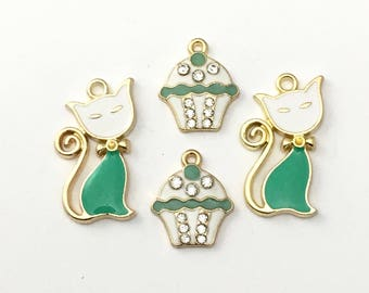 4 cat and cupcake charms gold and enamel , 18mm to 28mm #ch 445