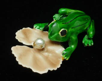 Frog and Lily Pad Pin Enamel Original by Robert