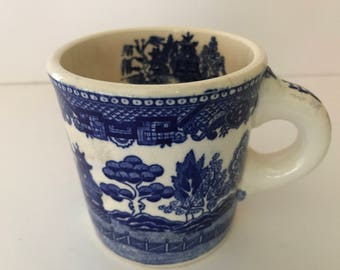 Vintage  Blue Willow  Coffee Cup Mug Restaurant Ware-Very Old