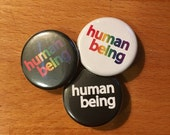HUMAN BEING BUTTON  / pri...