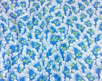 """Philip Jacobs """"Snow Leopard Designs"""" Classic Floral Farnham PWSL035 Twilight"""