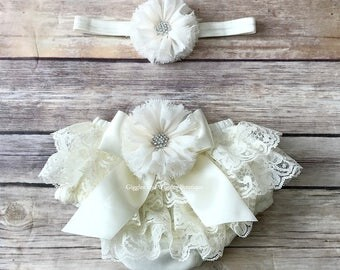 Baby girl clothes, cream lace bloomers, baby girl headband, baby bloomer, newborn bloomers, infant girl bloomers, diaper cover, baby baptism