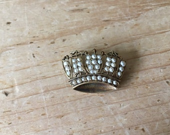 Vintage 9ct Gold & Seed Pearl Crown Brooch Fully Hallmarked