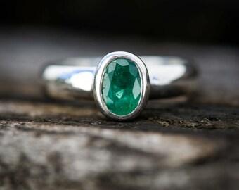 Emerald Ring 6.5 - Emerald Ring Size 6.5 - May birthstone Ring - Silver Emerald Ring - Natural Emerald - Emerald Jewelry - Emerald ring