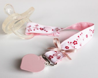 Soothie Pacifier Clip, Pacifier holder, Pacifier clip, Dummy clip, Binky Clips, Paci Clip, Pacifier clip Girl, girl pacifier, Baby girl gift