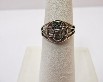 Vintage Sterling Silver Girl Scout Ring Item W # 254