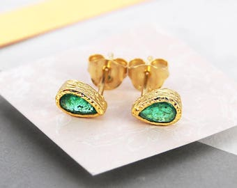 Emerald Earrings, May Birthstone Jewelry, Emerald Studs, Gold Earrings, Stud Earrings, Gold Studs, Birthstone Earrings, Birthstone Gift