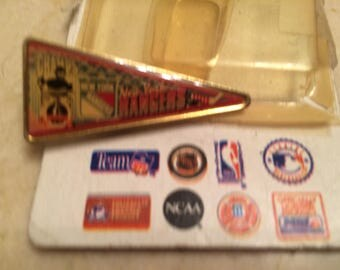 Rare Vintage NY Rangers Pin By Wincraft