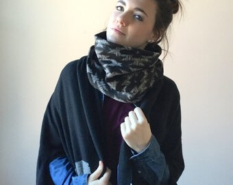 SOUTHWESTERN sweater cowl scarf / tribal pattern infinity scarf