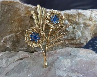 Ocean Blue Flower Brooch Filigree Style Vintage Pin