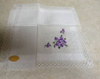 Vintage White Hankie Embroidered w Purple Violets Mint