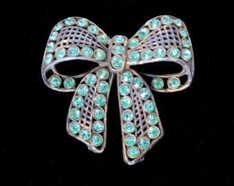 Vintage Light Emerald Guilded Pot Metal Bow Brooch