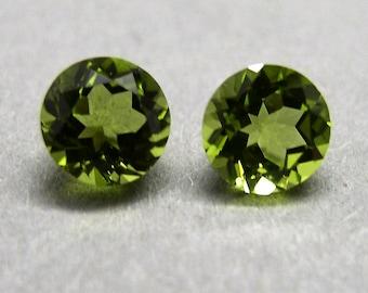 Peridot, olivine, Chrysolite, 1 pair ca. 2.05 ct