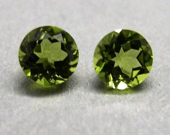 Peridot, Olive, Chrysolite, 1 pair ca. 2.05 ct