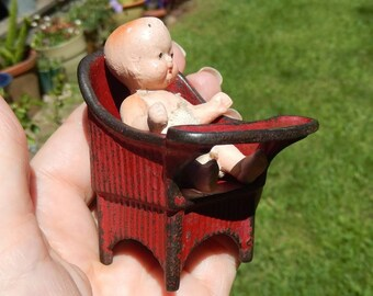 Vintage Kilgore ~ Red Cast Iron Toy Doll Potty Chair ~
