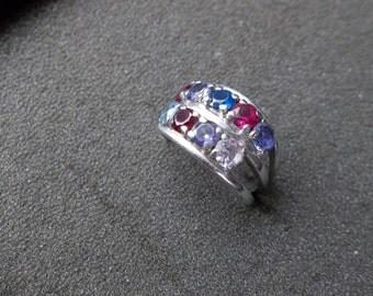 10K White gold ring  with Aquamarine type Gemstones size 6