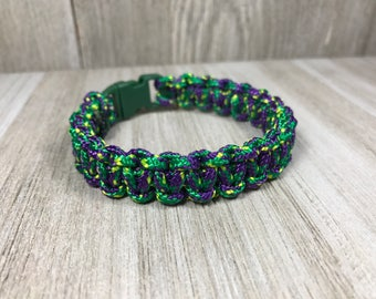 Green and Purple Pracord Bracelet, Green Paracord Bracelet, Green Survival Bracelet, Hand Woven Paracord Jewelry, Women's Para cord, 325 lb