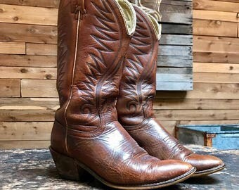 Vintage Acme Western Boots Vtg Brown Leather Cowboy Boots Made in USA Women's Size 7