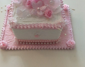 Faux Pink & White Chenille Cake