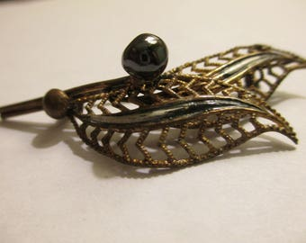 Black Pearl Pin
