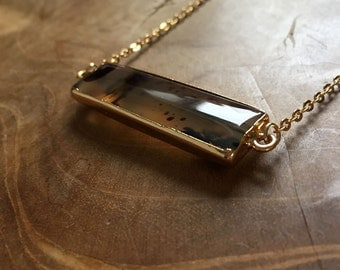 Moss Agate barnecklace - bohemian necklace with a moss agate pendant with gilded edge - gypsy, boho, bohemian, trend, minimal, gold, brown