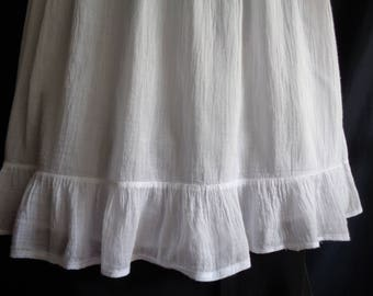 Vintage skirt white cotton long lined