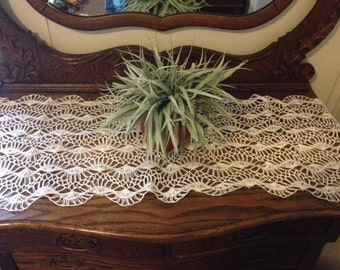 """Vintage 15""""x42"""" Lace White Table Runner Crochet Knitted Tablecloth Doiley"""