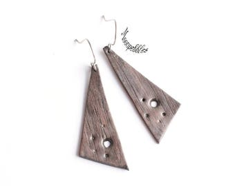 Monolithic polymer clay dangle earrings