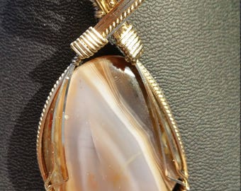 Lake Superior agate pendant necklace in 14K gold filled wire