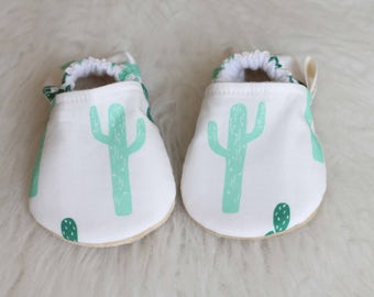 Cactus Baby Shoes, Desert Baby Shoes, Baby Booties, Cactus Shoes, Cactus Baby Girl, Cactus Baby Clothes, Baby Boy Shoes, Baby Shoes