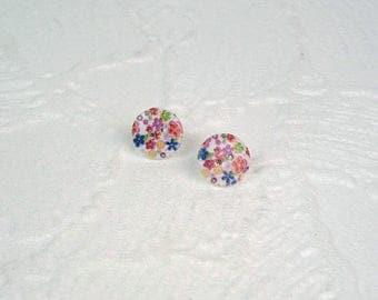 Earrings wooden button flowers