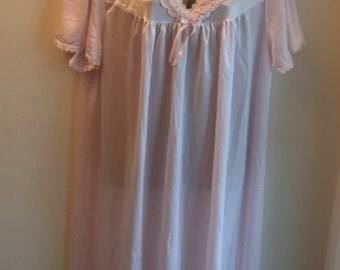 Vintage pale pink night dress by Siesta UK