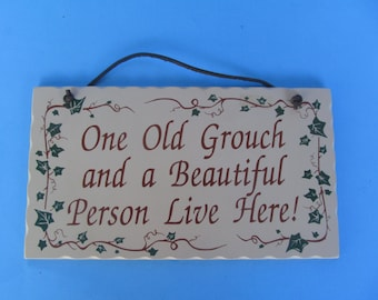 Wood Wall Plaque  - Wall Hanging - vintage collectable - Good--