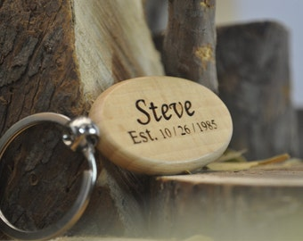 wood key chain, custom keychain, Memorial, Team, Friends, Wedding, Stamped Keychain