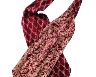 Paisley and Patterned Silk Lord and Taylor Mens / Womens Scarf / Echarpe