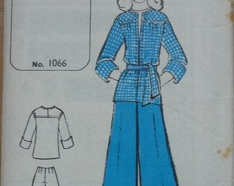 Vintage sewing patterns,Pin Point patterns 1066. Overblouse/trousers .size 10,12,14,16
