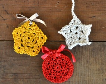 Crochet tree decoration, crochet christmas ball, crochet home decor, christmas decor, crochet christmas, red christmas decor, christmas