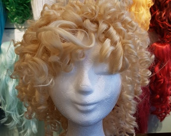 Custom made short yellow/blonde curly wig, curls, bouncy