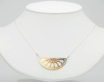 Light Tahitian Sunrise Mother of Pearl Necklace on Silver