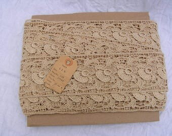 Vintage lace trim, cotton lace trim, linen lace trim, beautiful wide lace trim, high quality vintage lace